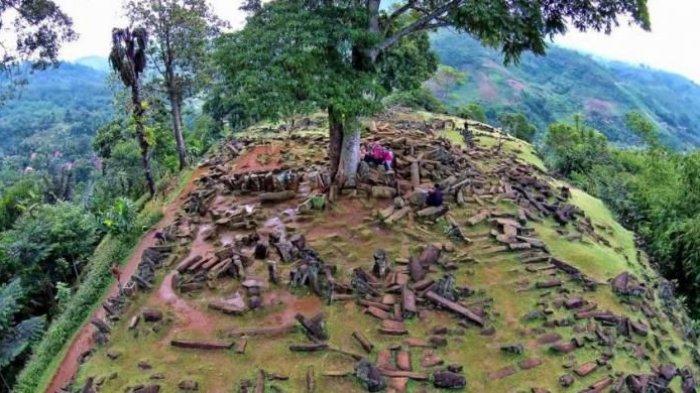 Mengulik Rahasia Gunung Padang di Jawa Barat yang Buat Ilmuwan Terpikat