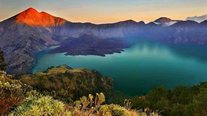 Mengenal Perpaduan Alam dan Budaya di 4 Geopark Indonesia yang Telah Diakui Dunia