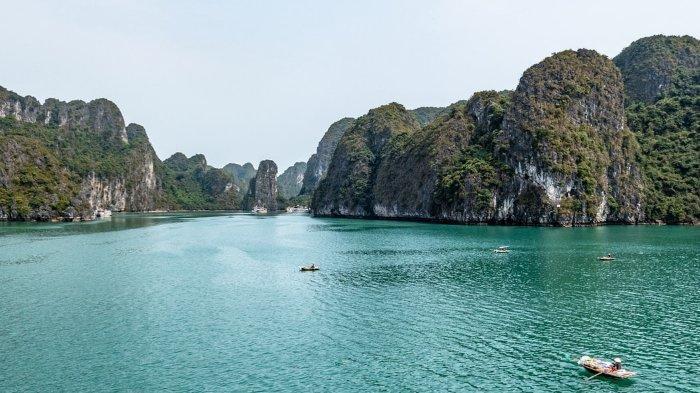 Ha Long Bay, tempat wisata populer di Vietnam