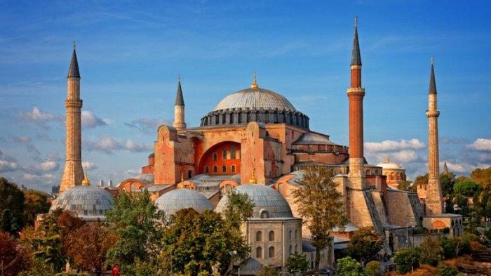 Panduan Wisata di Hagia Sophia Turki, Harga Tiket Masuk hingga Tips Mengunjunginya