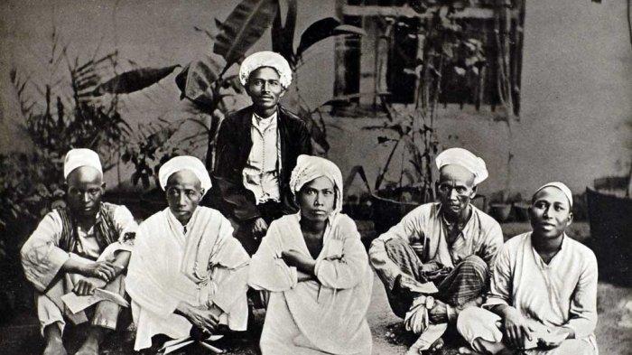 Ada dari Aceh hingga India, Inilah Potret Para Jemaah Haji pada Tahun 1880-an dari Berbagai Negara