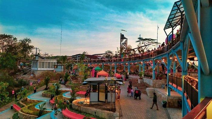 Heha Sky View, tempat wisata di Gunung Kidul yang ramai diperbincangkan di media sosial.