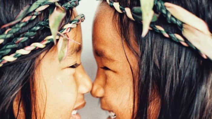 Ini Makna di Balik Ritual Mengadu Hidung di Masyarakat Sumba NTT dan Suku Maori New Zealand
