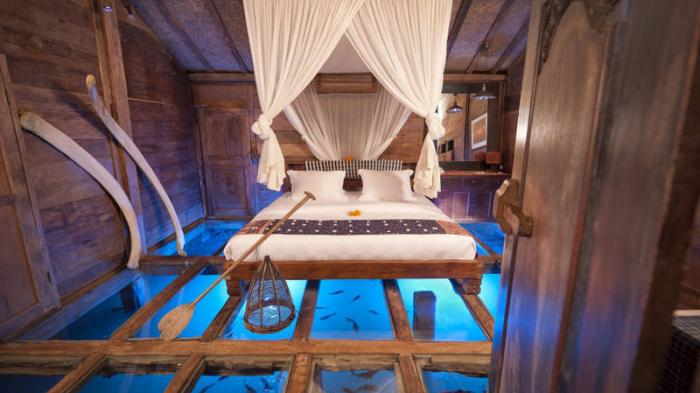 Hotel Bambu Indah - Sensasi Bobok Cantik Ditemani Udang dan Ikan, Mau Coba?