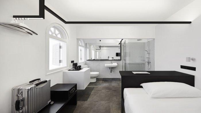 Hotel Mono Penginapan Instagramable Berkonsep Hitam Dan Putih Di