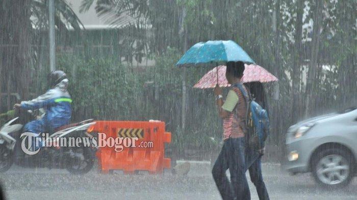 Siapkan Jas Hujan dan Payung, BMKG Prakirakan Beberapa Wilayah di Jabodetabek Diguyur Hujan