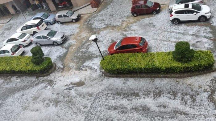 Hujan Es, Kota di India Bagaikan London dan Chicago Saat Musim Dingin