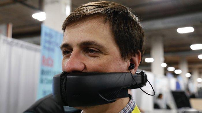 Hushme - Tidak Perlu Berbisik Lagi, Kini Ada Masker Unik Untuk Rahasiakan Telepon Pribadi