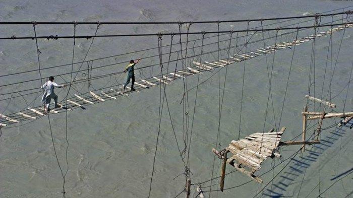 Ini 10 Jembatan Paling Berbahaya di Dunia, Dijamin Bikin Napas Kembang Kempis