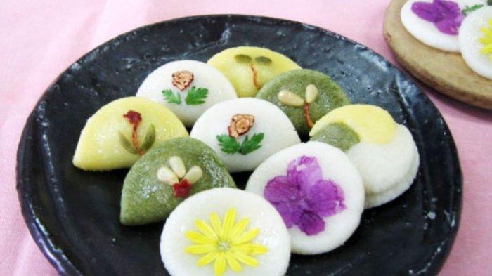Hwajeon, Kue Tradisional Korea Selatan yang Terbuat dari Bunga Sungguhan