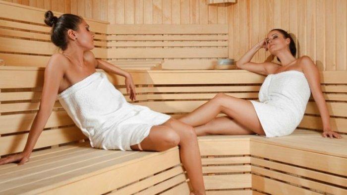 Ilustrasi bersantai di sauna.