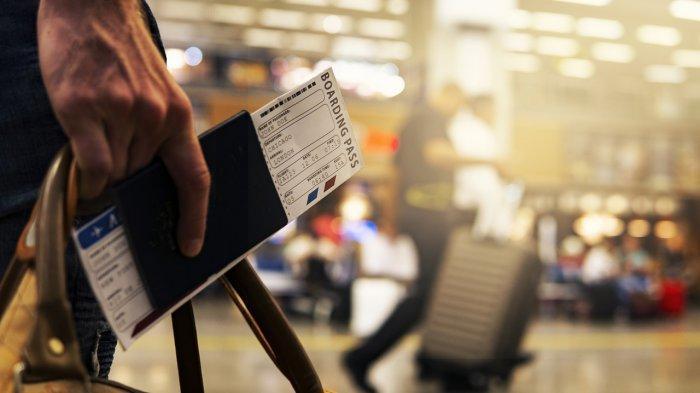 Masuk Daftar Larangan Terbang, Pria Ini Menangis Terisak Karena Tak Bisa Naik Pesawat