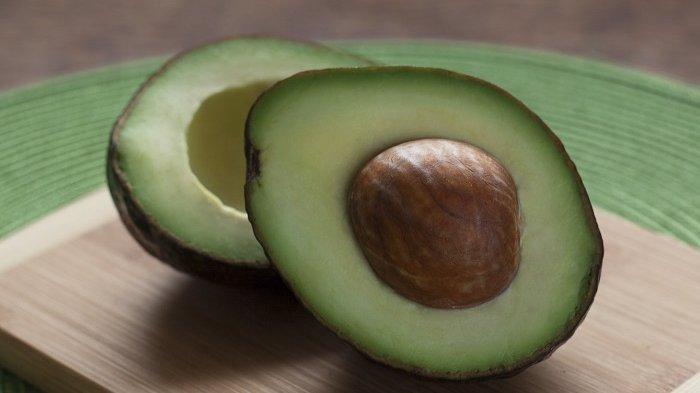 Alpukat, salah satu makanan yang dapat membantu menurunkan kolesterol