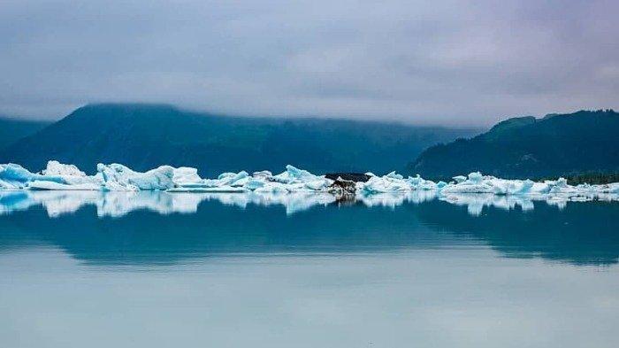 Bosan di Rumah Aja, Yuk Ikuti Tur Virtual Berdiri di Atas Gletser Menakjubkan
