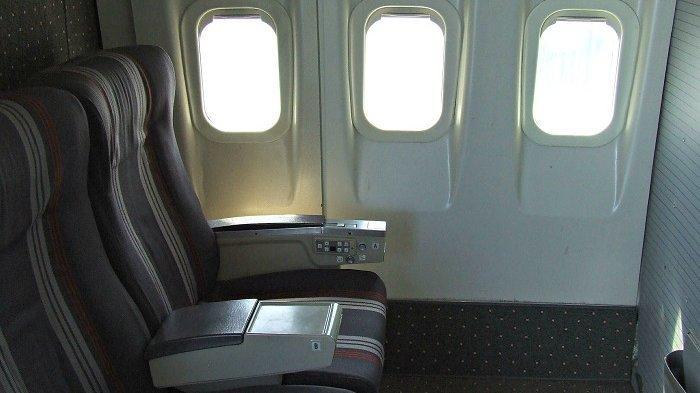 Ilustrasi jendela pesawat