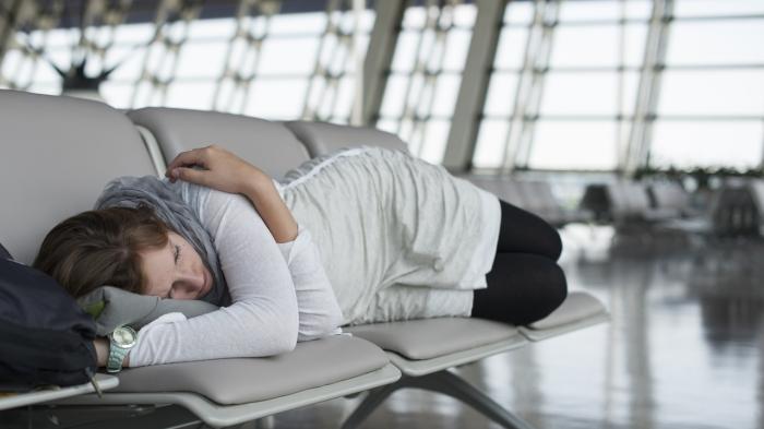 Ini Cara Ampuh Atasi Jetlag Setelah Perjalanan Panjang, Banyak Istirahat hingga Makan yang Cukup