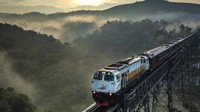 Kereta Api Indonesia Beroperasi Normal, Simak Kebijakan Pelayanan Terbarunya