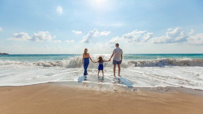 12 Pantai Terbaik di Bangka untuk Liburan Akhir Pekan, dari Pantai Penyusuk hingga Pantai Tikus Emas