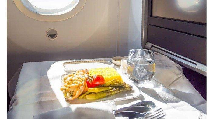 Ilustrasi meja di pesawat