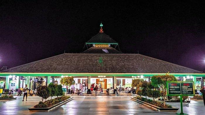 4 Masjid Tertua di Indonesia untuk Wisata Religi saat Bulan Ramadan