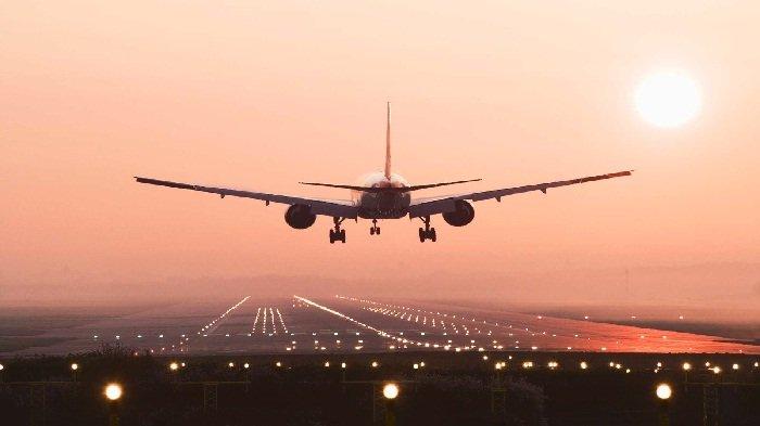 Habiskan Waktu Belasan Jam di Udara, Ini Dampak Penerbangan Jarak Jauh pada Tubuh