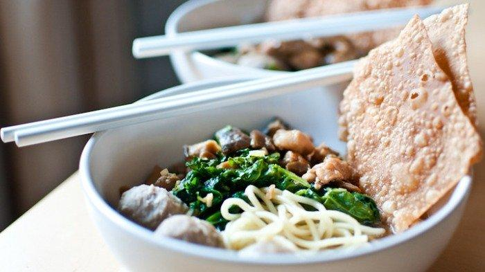 5 Tempat Makan Mi Ayam Enak di Semarang, Mie Ayam Srikandi Eksis Sejak 1980