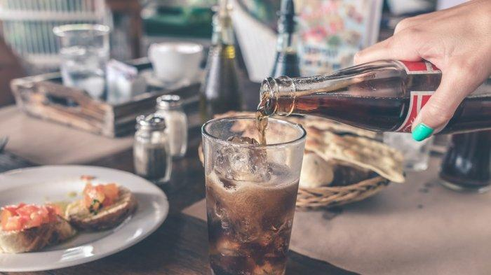 4 Camilan Unik yang Cuma Ada di Jepang, Cobain Sensasi Cola Rasa Sup Ikan