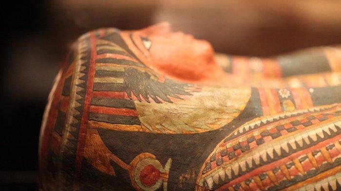 Ilmuwan Ungkap Identitas Mumi 1.900 Tahun Lengkap dengan Model Rambutnya