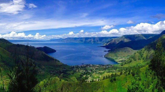 Ilustrasi pemandangan indah Danau Toba, Selasa (1/12/2020).