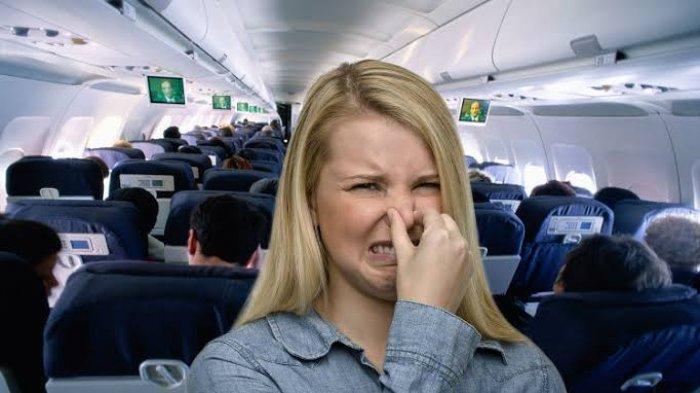 Pramugari Ini Bagikan Cara Atasi Penumpang Berbau Badan Tidak Sedap saat di Pesawat