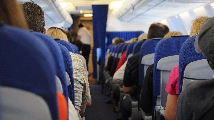 Pria Ini Didenda Rp 2,1 Miliar karena Palsukan ID Kru Maskapai Agar Bisa Terbang Gratis