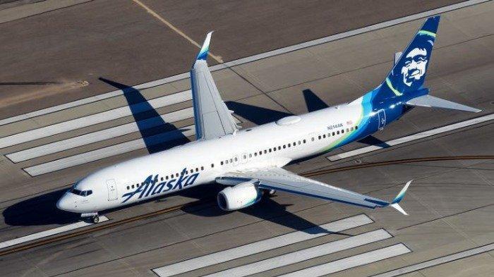 Video Menegangkan Seorang Pria Nekat Naik ke Sayap Pesawat Sebelum Lepas Landas