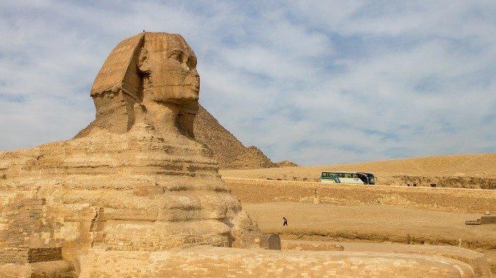 Ada Restoran di Area Piramida Mesir, Intip Keunikannya
