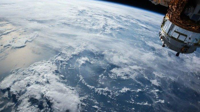 Finlandia Akan Luncurkan Satelit Kayu ke Ruang Angkasa, Seperti Apa Ya?