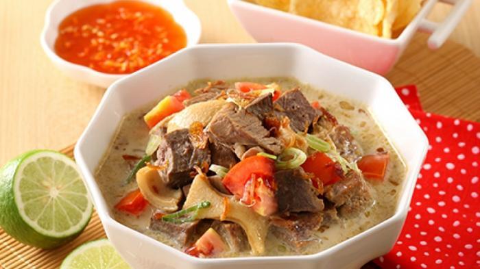 Soto Betawi, Sop Buntut dan 8 Makanan Berkuah Lainnya yang Cocok Disantap Saat Musim Hujan