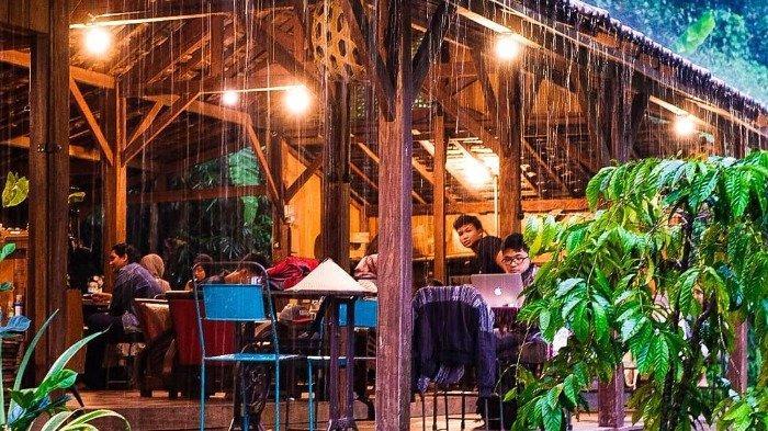 Ilustrasi suasana di Rumah Kopi Ranin Bogor, Rabu (21/10/2020).