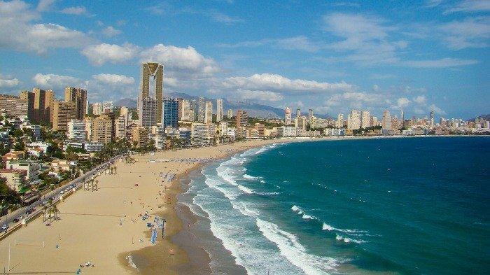 Spanyol Siap Sambut Wisatawan Internasional Pada Awal Juni 2021