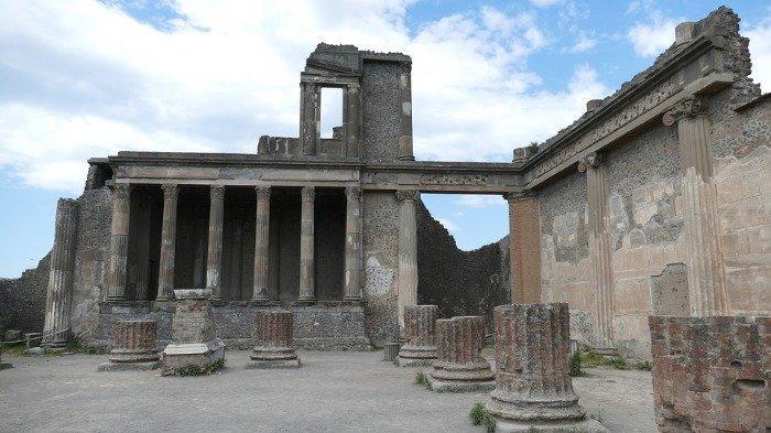 Mengaku Sering Tertimpa Sial, Turis Kembalikan Artefak yang Dicuri dari Pompeii