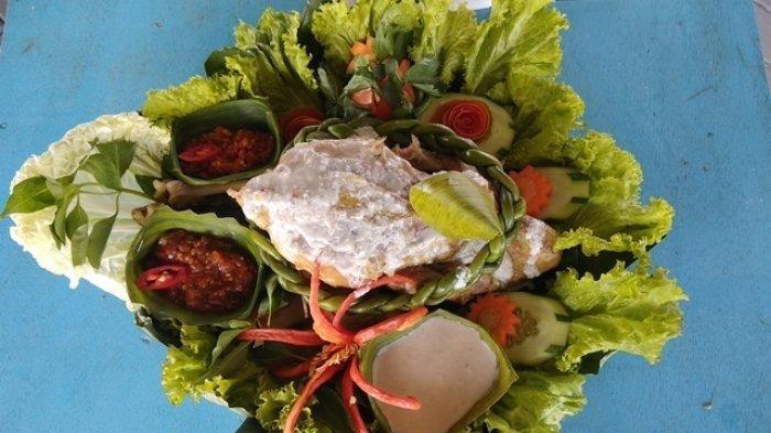 Resep Ayam Ingkung untuk Hajatan dan Syukuran, Nikmat Disajikan dengan Nasi Uduk