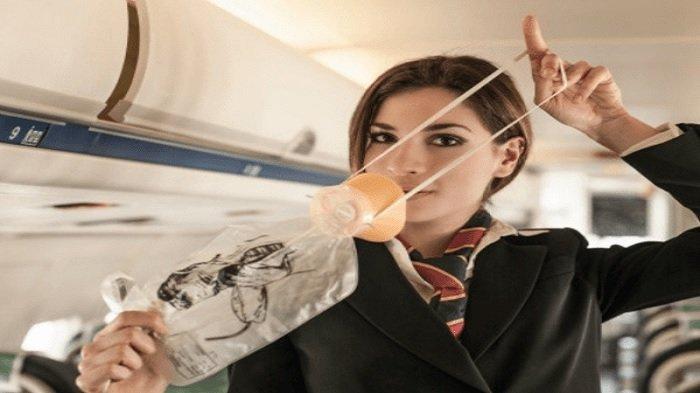 Pramugari Ceritakan Sulitnya Bekerja di Pesawat saat Wabah Virus Corona