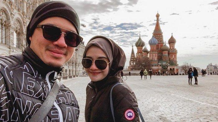 'Pacaran' di Moskow, Irwansyah dan Zaskia Sungkar Kunjungi Kawasan Red Square