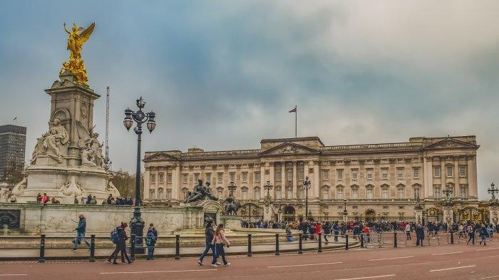 Istana Buckingham di Inggris