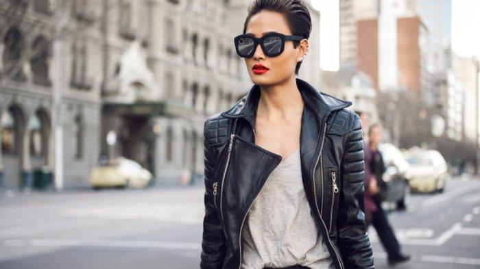 Trend Fashion 2017 - Nggak Kelihatan Jadul Kok! 5 Ouftit Ever Lasting Ini Wajib Ada Saat Liburan