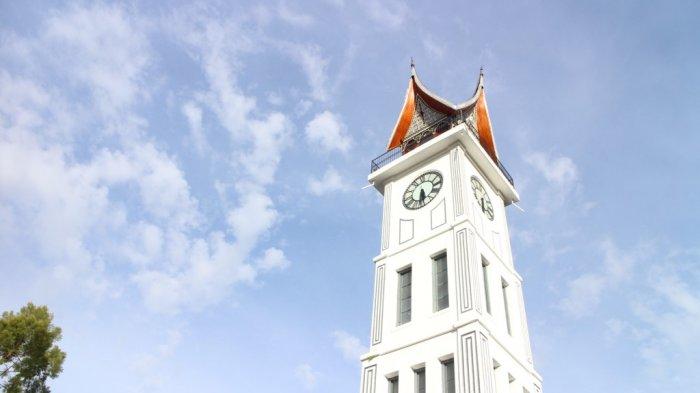 Jam Gadang, ikon Kota Bukittinggi, Sumatera Barat.