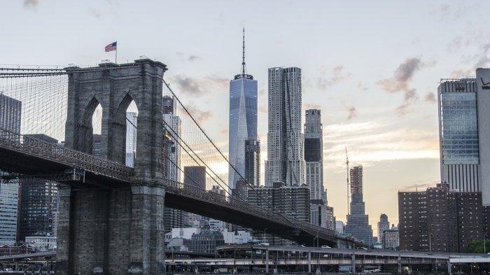 Jembatan Brooklyn di New York, Amerika Serikat