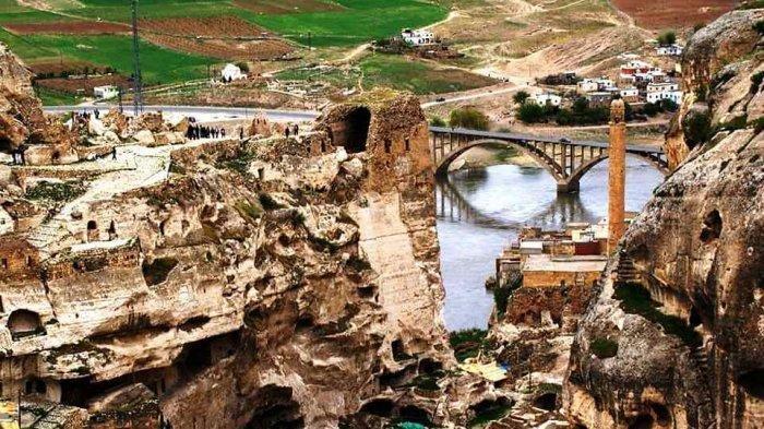 Di Turki, Batman Jadi Nama Sungai, Kota, hingga Nama Provinsi
