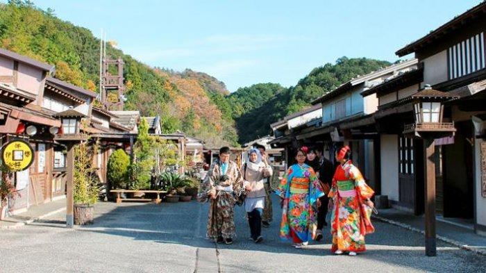 Sering Dikira Sama, Ternyata Ini Beda Kimono dan Yukata Baju Tradisional Khas Jepang