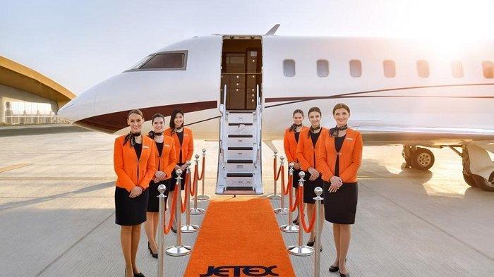Perusahaan Ini Tawarkan Buka Puasa di Udara Naik Jet Pribadi, Berapa Tarifnya?