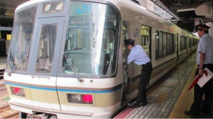 Perusahaan Kereta Api di Jepang Meminta Maaf Karena Berangkat 25 Detik Lebih Cepat dari Jadwal