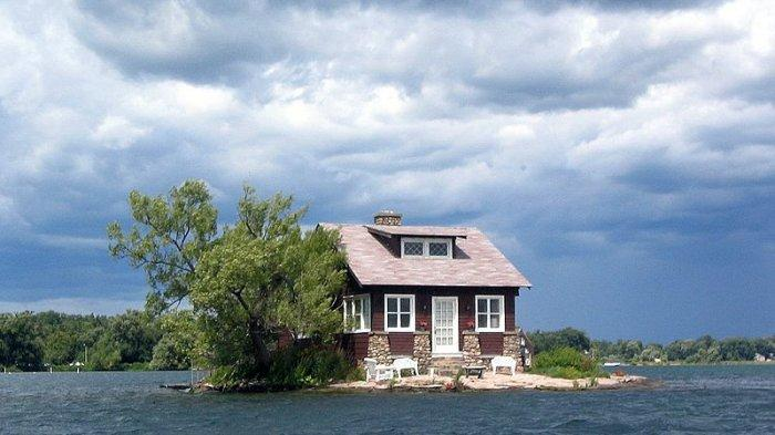 9 Pulau Terkecil di Dunia, Cuma Ada Satu Rumah di Just Enough Room Island New York